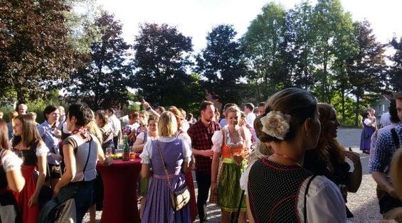 Dirndl und Lederhosen Fest